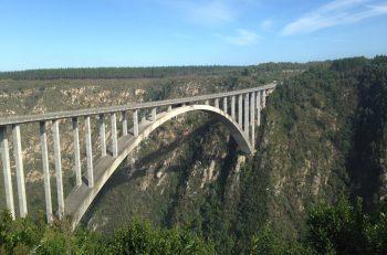 Bungee Jump Bloukrans Bridge Südafrika Garden Route